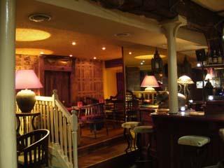 volubilis bar pub la place rennes. Black Bedroom Furniture Sets. Home Design Ideas